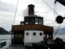 captain_on_the_earnslaw_bridge