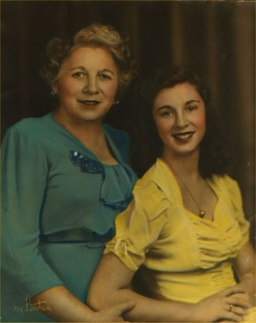 grandma_mom_late40s1