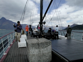 out_front_on_the_earnslaw_with_shutterbugs