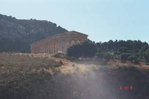 p16_temple_segesta_distance