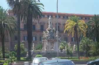 p25_monument_palazzo