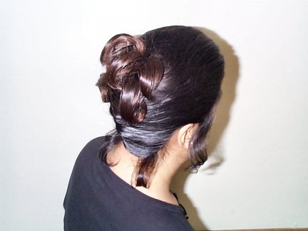 viv_weddinghairdo_back