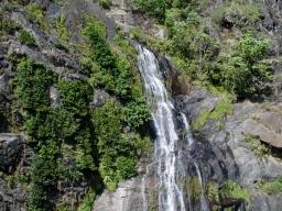waterfall_on_the_way_to_kuranda_2