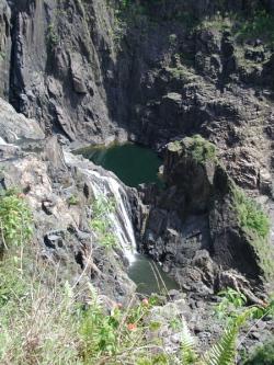 waterfall_on_the_way_to_kuranda_5