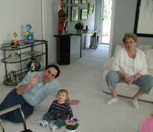 bill_jake_mom_floor_may2006.jpg