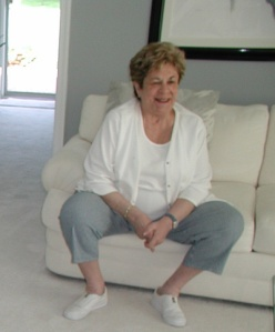momoncouch_may2006.jpg
